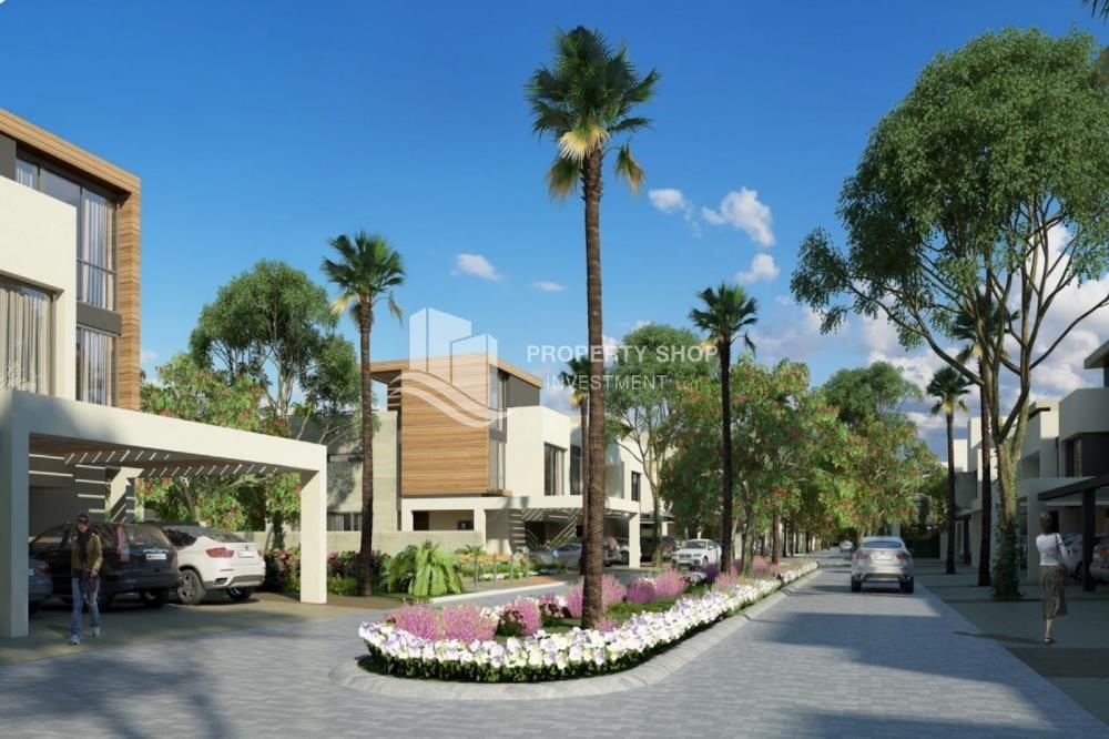 Community-5BR  townhouse with garden view plus private pool in Bloom Gardens