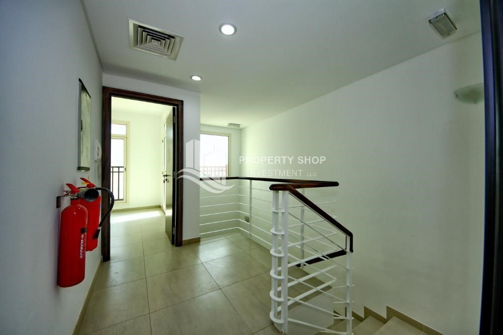 Hall Great investment opportunity  2Bedroom townhouse in Al Ghadeer 2 Bedroom Townhouse for sale in Al Ghadeer   Al Ghadeer  TH24505 . 2 Bedroom Townhouse. Home Design Ideas