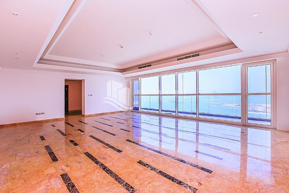 Delightful Dining Room Full Sea View Apt In A Brand New Property.