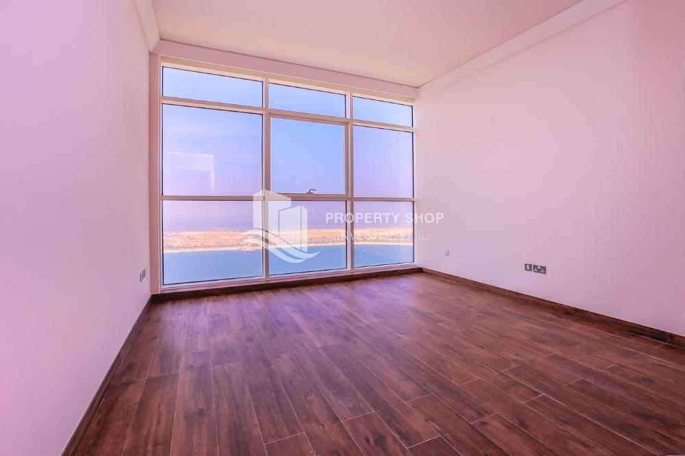 Bedroom Full Sea View Apt In A Brand New Property.