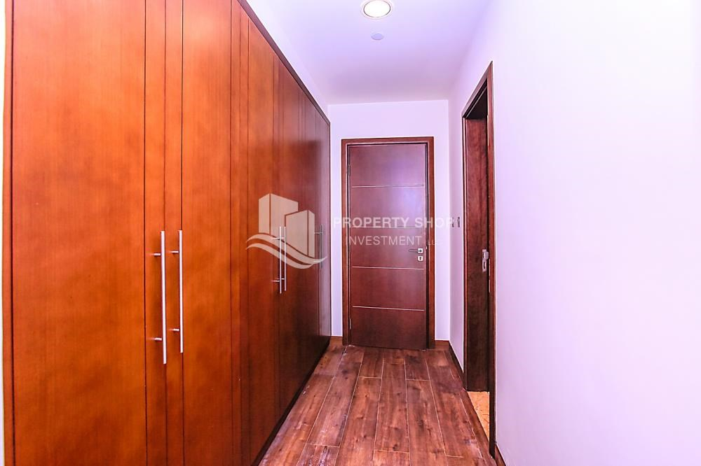 Built In Wardrobe 5 Bedroom Apartment In A Brand New Building In Corniche  Road.