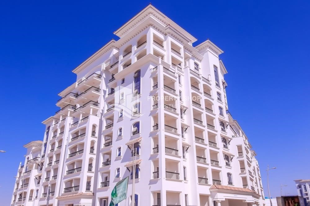 Property-Island view Apt with balcony in Ansam.