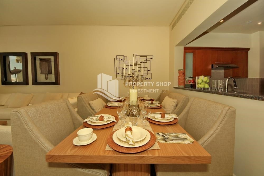 Dining Room-1Br With Outstanding Layout .