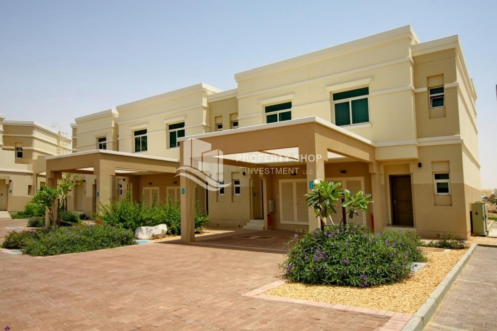 2 bedroom townhouse for rent in al ghadeer al ghadeer for 2 bedroom townhouse