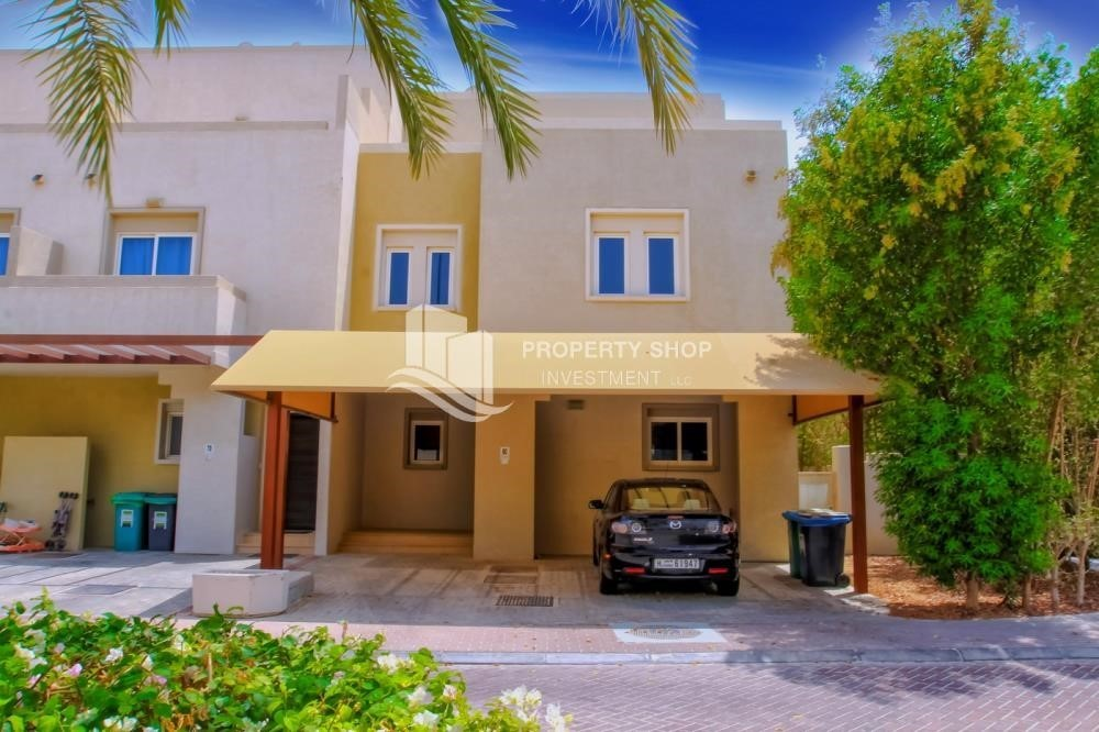 Property-Single row 3 Bedroom Villa with terrace.