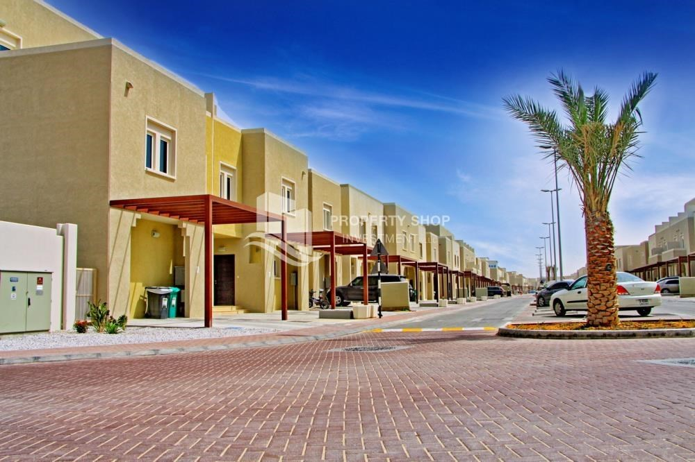 3 Bedroom Villa For Sale In Desert Village Al Reef Vi16886