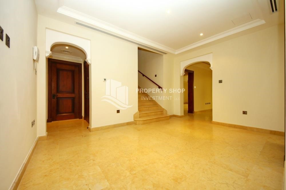 Hall-Huge 4Bedroom Villa in Saadiyat Island.