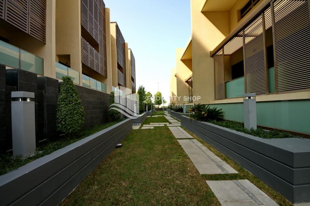 4 bedroom townhouse for rent in townhouses al muneera
