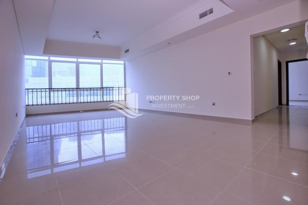 Living Room-Sea View Mid floor Apt with great facilities.