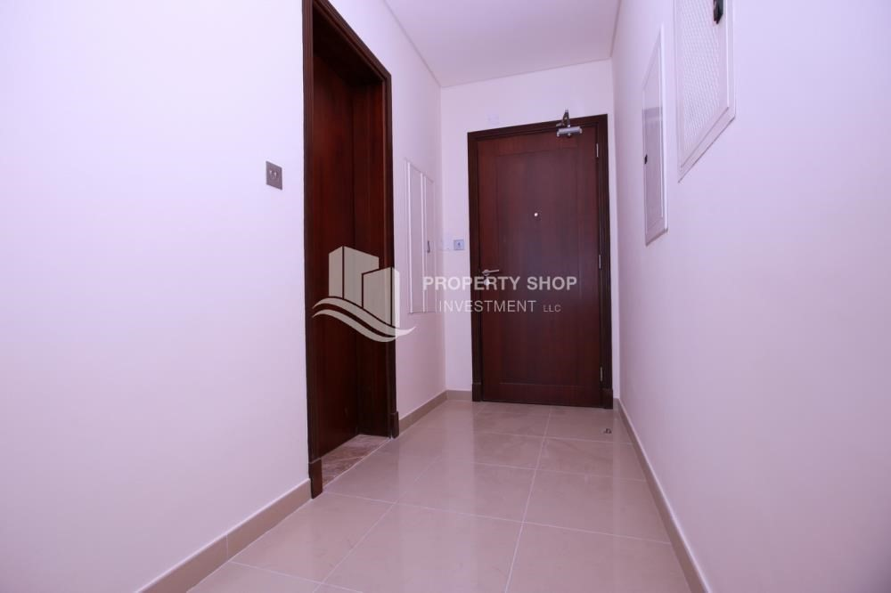 Apartment For Rent In Foyer Infinity : Studio apartment for rent in hydra avenue towers al reem