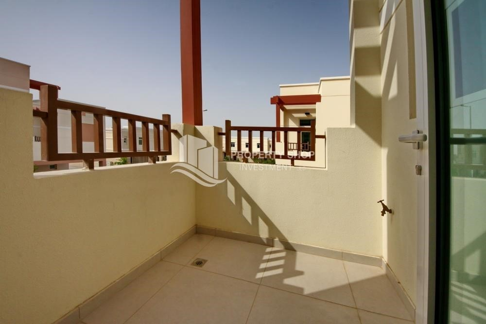 Balcony-2BR terraced appartment for sale in Ghadeer