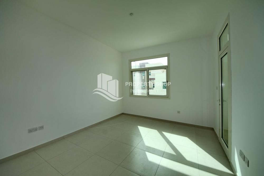 Bedroom-2BR terraced appartment for sale in Ghadeer