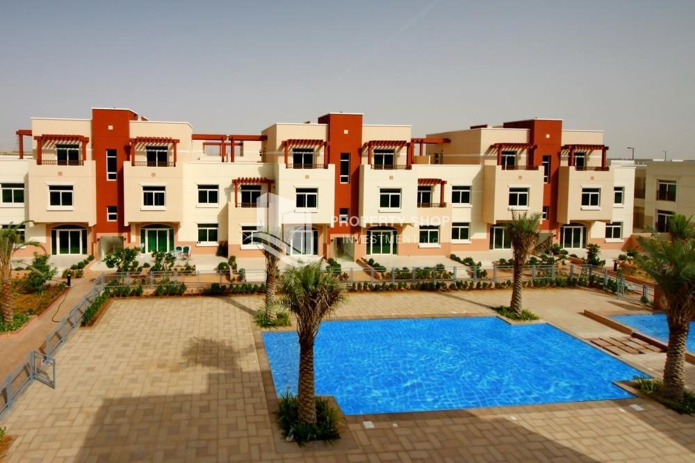 Community-2BR terraced appartment for sale in Ghadeer