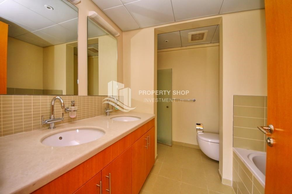 Bathroom-Single Row Elegant 4BR Townhouse - A.