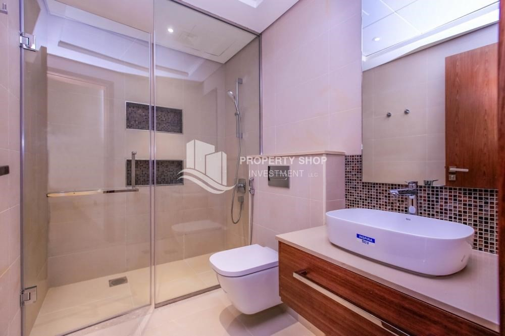 Bathroom-New Development in Yas Island: A Luxurious 4 br villa in West Yas for sale.