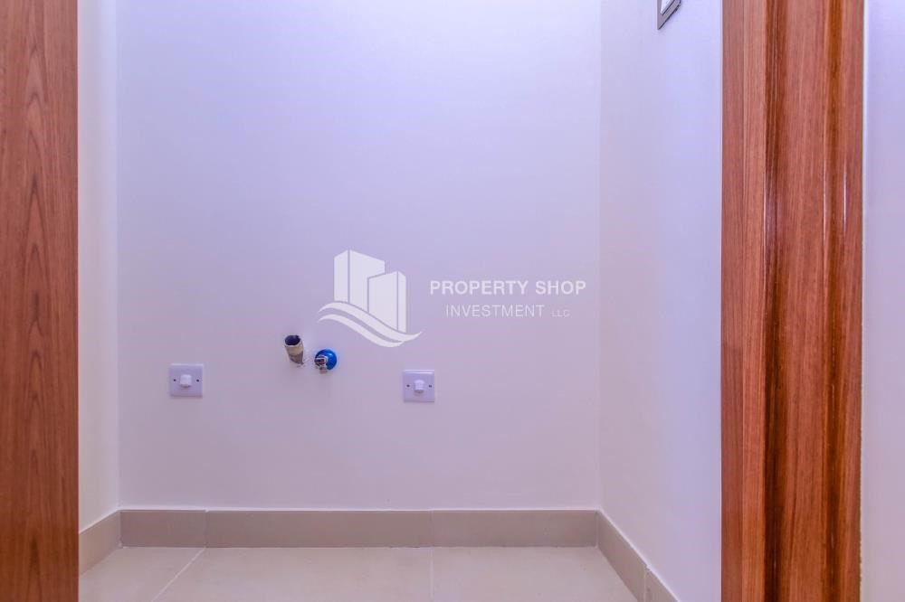 Laundry Room-New Development in Yas Island: A Luxurious 4 br villa in West Yas for sale.