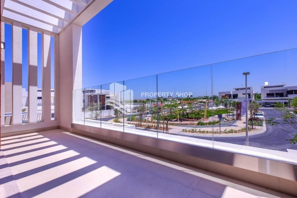 Balcony-Own a luxurious 4BR villa in Yas Island(West Yas)