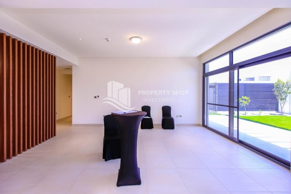 Dining Room-Own a luxurious 4BR villa in Yas Island(West Yas)