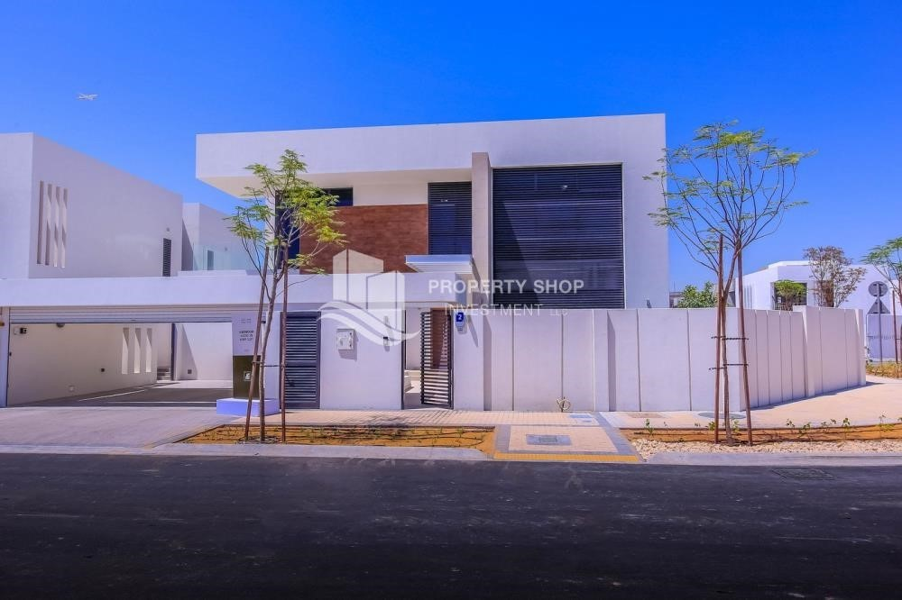 Property-Own a luxurious 4BR villa in Yas Island(West Yas)
