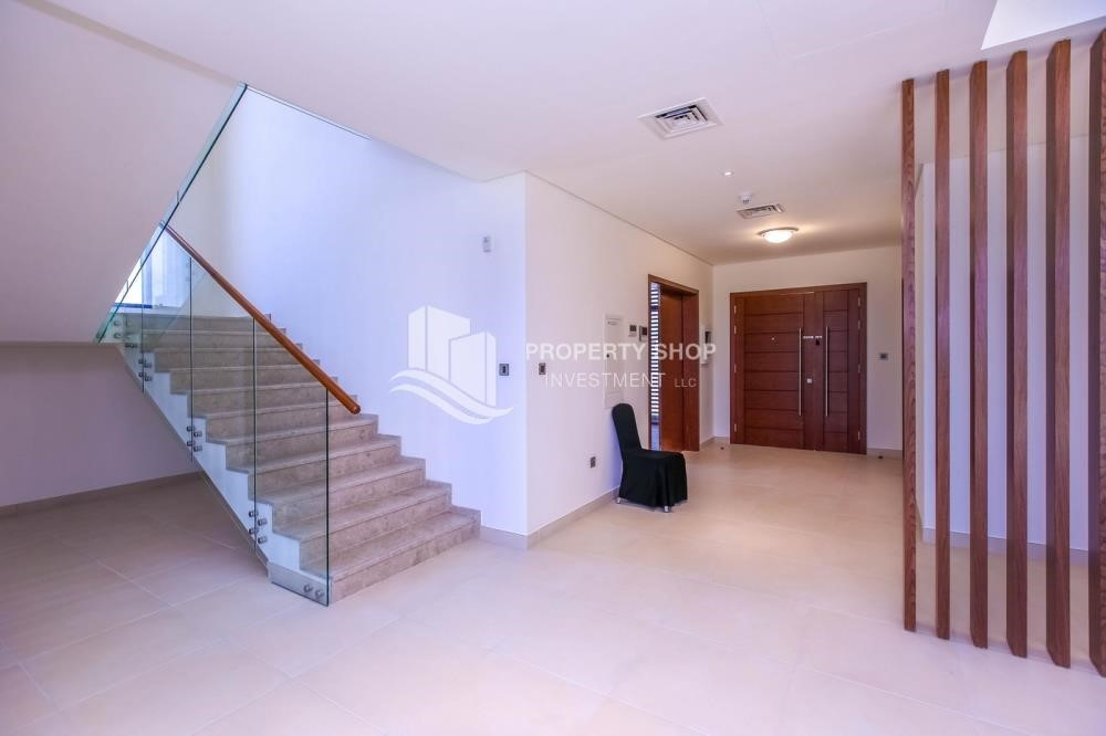 Stairs-Own a luxurious 4BR villa in Yas Island(West Yas)
