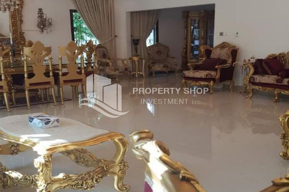 Living Room-High End Fully Furnished Independent Villa