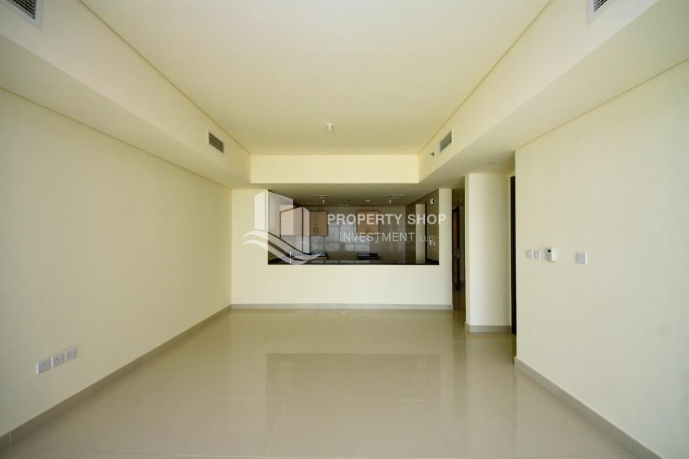 Dining Room-Spacious sea view apt with open kitchen amd parking.
