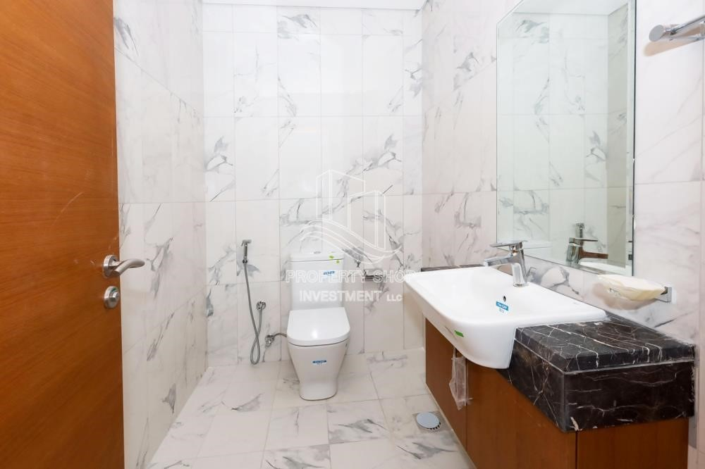 Bathroom-Charming location, 1br apartment in Al Reem Island